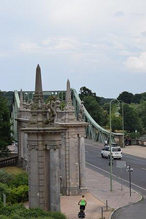 Glienicke Bridge照片
