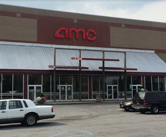 AMC Bay Plaza Cinema 13