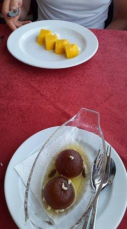 Indian Palace Restaurant : desserts