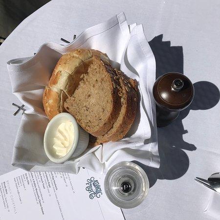 Atlantic Fish Co: bread basket