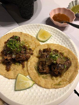 La Chinesca: Beef taco