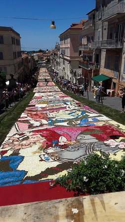 Genzano di Roma, Italy: infiorata 2018
