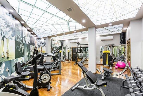 Almond Holiday Village: Fitness Room