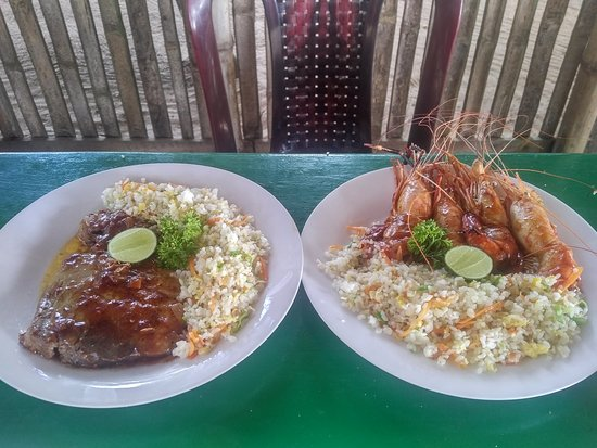 Fantastic restaurant at the ocean beach!