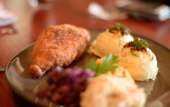 Northfleet, UK: Chicken Kiev