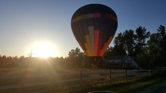 Seattle Ballooning: Beautiful sunset