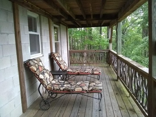 Cullowhee, NC: Nice porch in the first floor