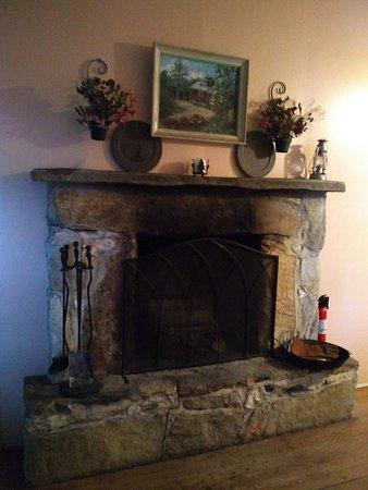Cullowhee, NC: Fireplace
