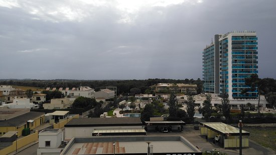 SuneoClub Haiti : View from my balcony