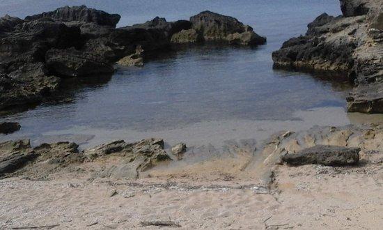 Maimoni Beach: PICCOLA CALETTA
