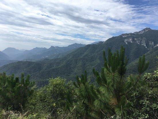 Santiago, Mexico: Paisaje en el camino.