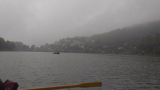 Nainital Lake: Boating at Naini lake