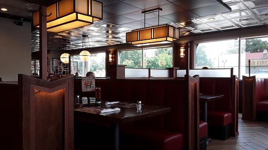 Boiling Springs, SC: Inside the restaurant