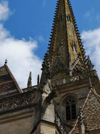 Cathédrale St-Lazare: IMG_20180612_124557_large.jpg