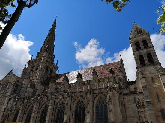 Cathédrale St-Lazare: IMG_20180612_123511_large.jpg