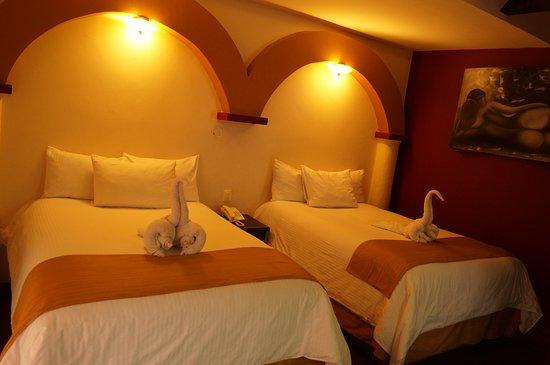 Hotel Jardines del Centro Photo