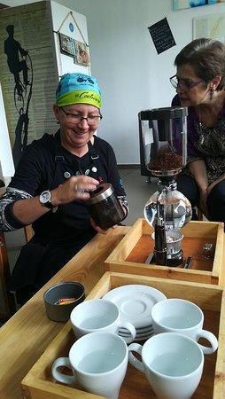El Costurero Ciclo Café: Syphon, una preparación sorprendente del café!