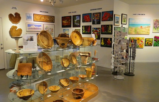Sunset Arts Gallery: Wood art and more at Sunset Gallery