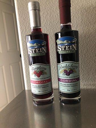 Stein Distillery: Cordials we brought home!