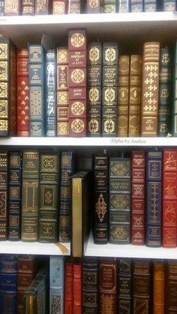 Three Rivers, MI: Leather bound books