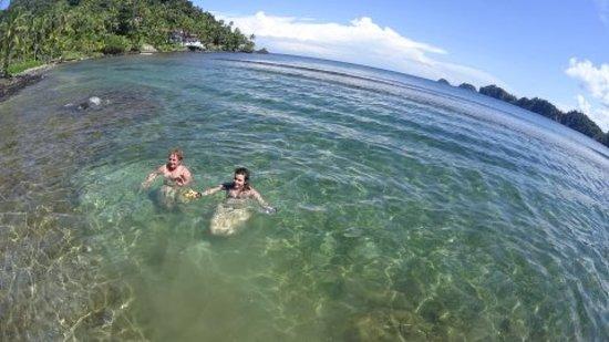 Isla Grande por el Reef