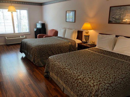Alamo Inn Suites