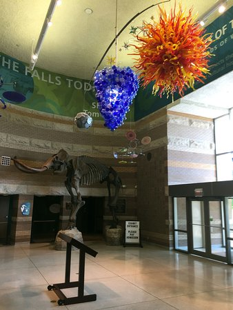 Clarksville, IN: visitor center lobby