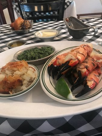 Joe's Stone Crab Platter