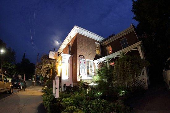 Trinity House Inn Photo