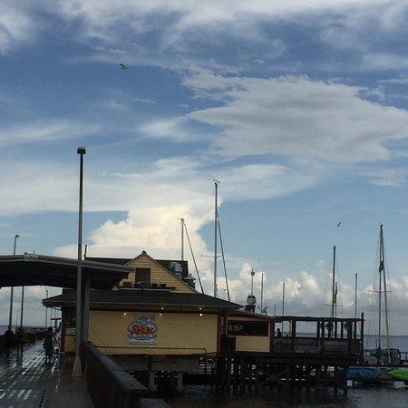Shux On the Pier照片