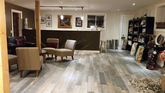 Severn Bridge, Canadá: Indoor Lounge