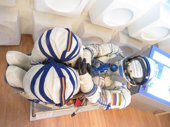 Baikonur, Καζακστάν: Tight squeeze for Cosmonauts