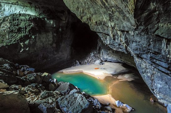 Besuchen Sie die Paradise Cave von Hue