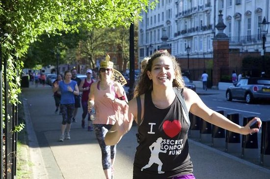 Private Bespoke 10k Running Tour with Hotel Pick-up