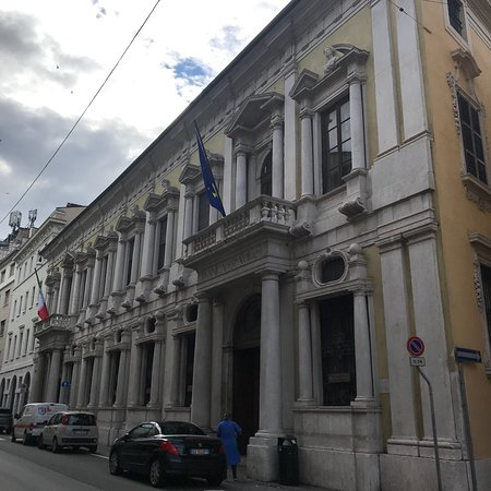Palazzo Martinengo Villagana