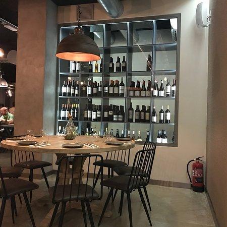 La Cle Food & Wines: Très agréable et raffiné dans une ambiance feutrée