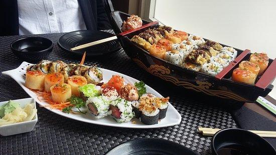 Sushi'n Eden: Hot combo e mini special