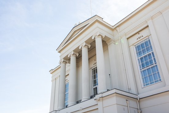 St Albans Museum + Gallery: The facade of St Albans Museum +  Gallery