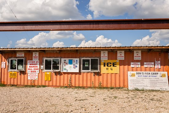 Martindale, TX: Don's Fish Camp
