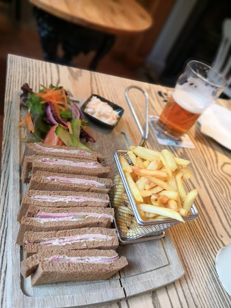 Rosthwaite, UK: Ham and Dill on rye bread
