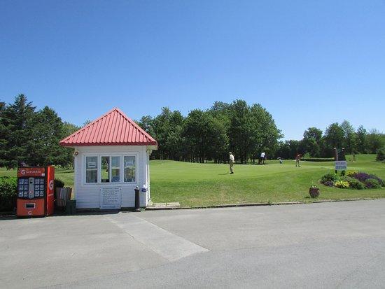 Club de Golf de St-Césaire (Saint-Cesaire) : 2021 Ce qu'il faut savoir pour  votre visite - Tripadvisor