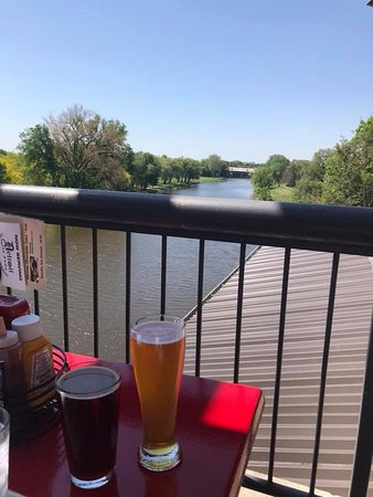 Frankenmuth Brewery: Great, relaxing view from the patio!