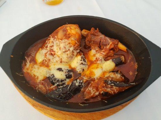 Pixida Restaurant: 20180614_203324_large.jpg