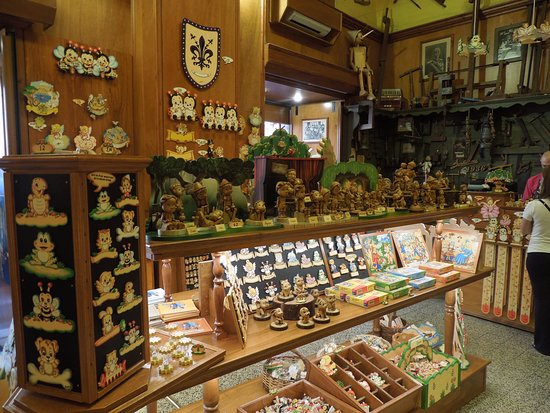 Bartolucci: A view of the toys and souvenirs on sale