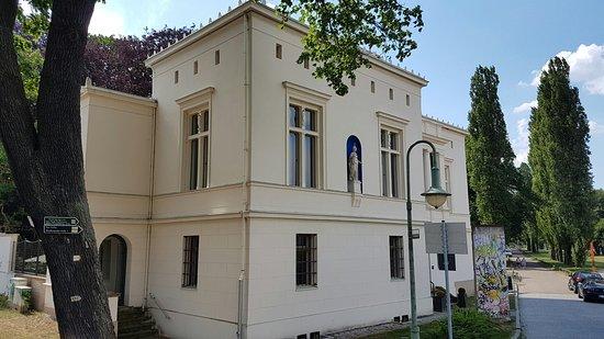 Villa Schoeningen