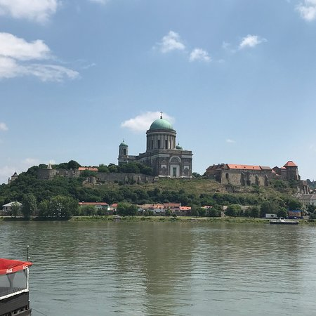Sturovo, Σλοβακία: cathedral in Hungary and the bridge between the 2 countries