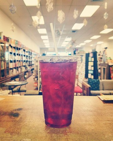 Onley, VA: Pomegranate iced tea, anyone?