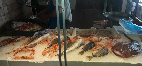 Fresh and good seafood