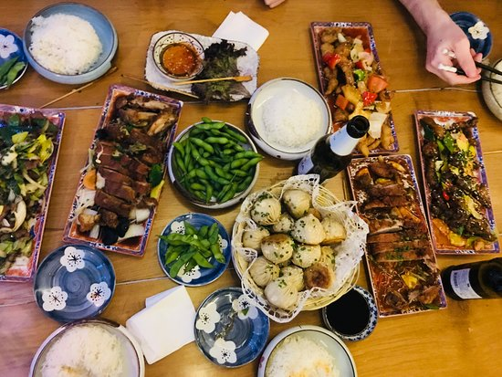 Restaurant Ach'i: Feast!