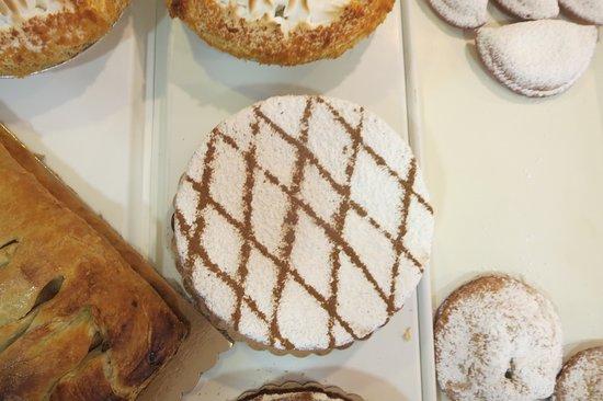 Hawthorne, NJ: Coffee Cakes